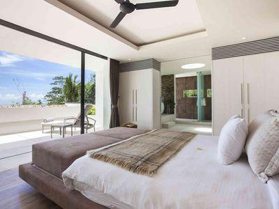 Villa Zest at Lime Samui - Exquisite master bedroom design
