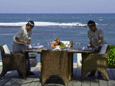 Majapahit Beach Villas - Maya - Alfresco dining