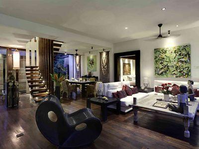 Majapahit Beach Villas - Raj - Living and dining