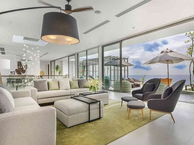 Malaiwana Penthouse - Spacious and modern design