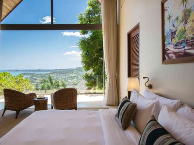 Villa Atulya - Bedroom one with beautiful view