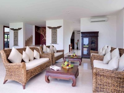 Pandawa Cliff Estate - Villa Rose - Sitting area