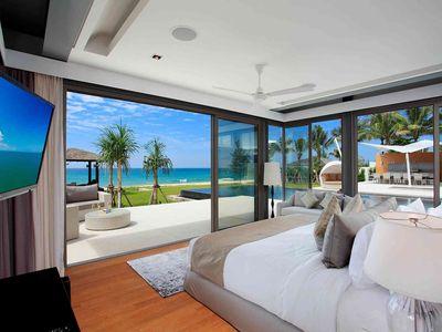 Villa Tievoli - Stunning downstairs master bedroom outlook