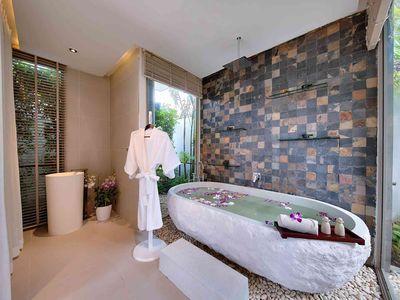 Villa Tievoli - Luxurious spa bath area