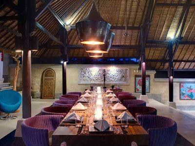 Chalina Estate - Dining at night