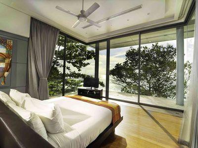 Villa Amanzi Kamala - Bedroom with exquisite view