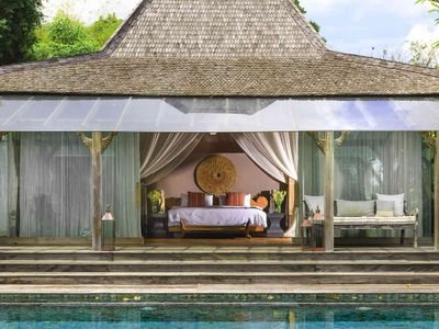 Villa Hansa - View from the pool to master bedroom