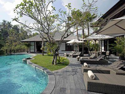 Villa Iskandar - Pool deck