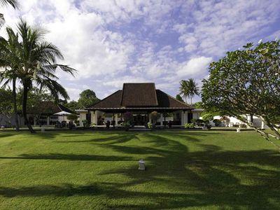 Villa Kailasha - Villa and garden