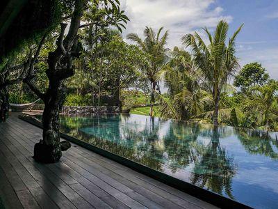 Villa Mana - Poolside