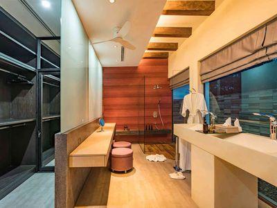 Villa Nautilus - Ensuite guest bathroom