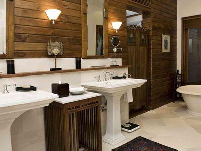 Villa Oost Indies - First bedroom ensuite