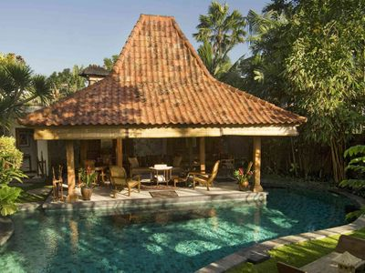 Villa Oost Indies - Living joglo and pool