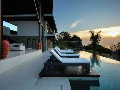 Villa Saan - Featured pool deck
