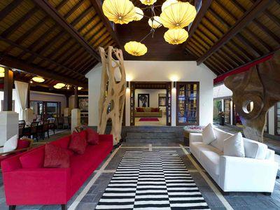Villa San - Outside living room