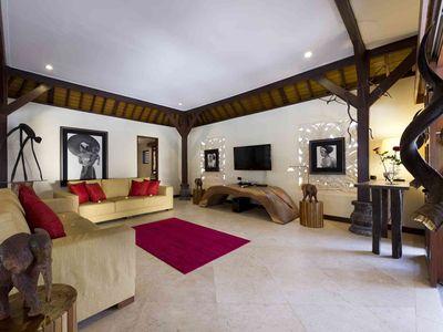 Villa San - Media room