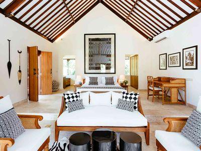 Villa Simona Oasis - Darma master bedroom and living area