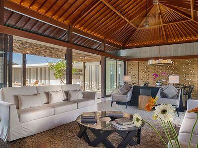 Sohamsa Estate - Villa Soham - Living and entertaining area