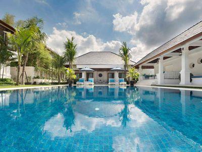 Villa Windu Asri - Pool and villa