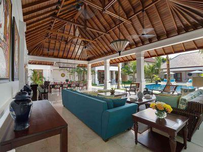 Villa Windu Asri - Grand living pavilion