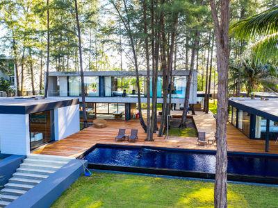 Grand Villa Noi - Stunning villa design