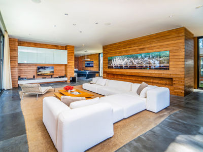 Grand Villa Noi - Living area preview