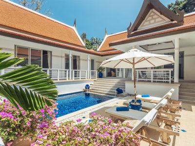 Villa Agrya - Poolside