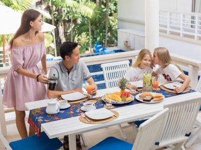 Villa Agrya - Dining experience