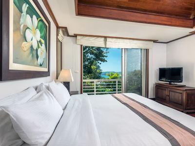 Villa Mauao - Master bedroom