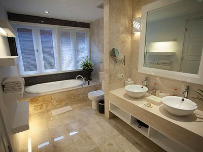 Lakshmi Villas - Kawi - Ensuite bathroom