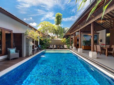 1. Lakshmi Villas - Toba - The pool