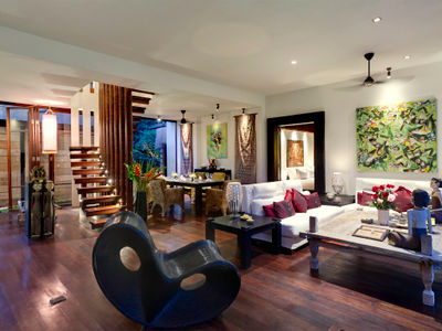 Majapahit Beach Villas - Nataraja - Living and dining