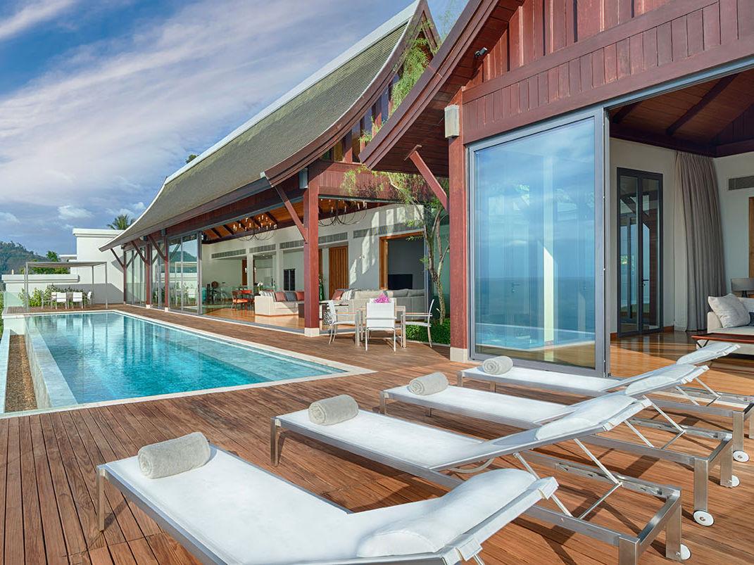Villa Haleana - Poolside perfection