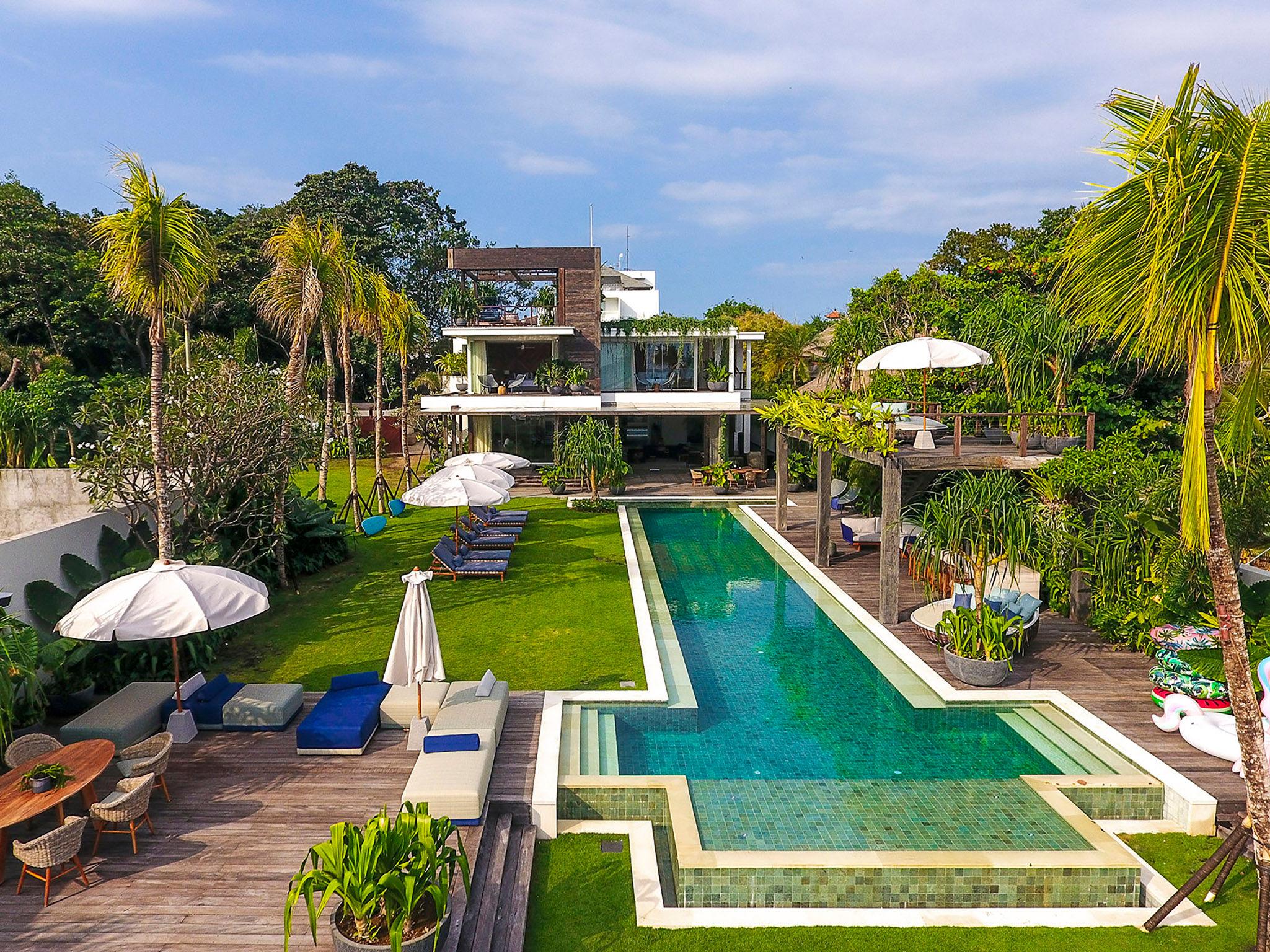 Noku Beach House - Superb outdoor spaces