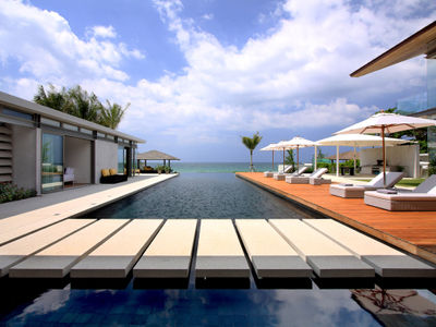Villa Amarelo - View from the pool