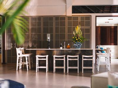 The Arsana Estate - Bar