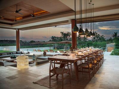 The Iman Villa - Dinner setting