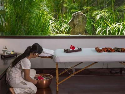 The Layar 2BR - Massage