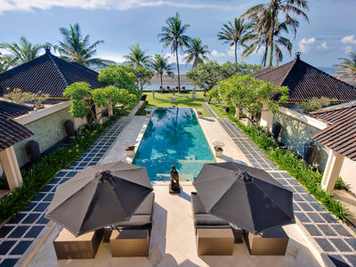 Villa Ylang Ylang - Pool to beach view