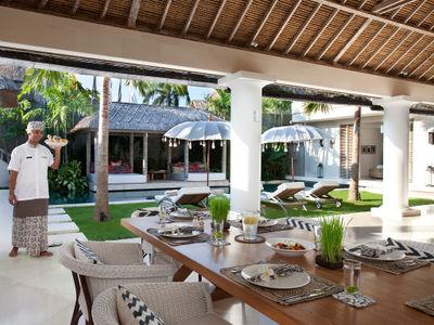 Villa Adasa - Dining area