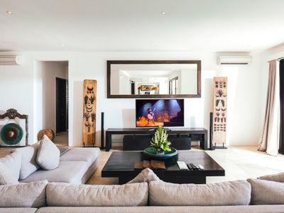 Villa Anucara - TV room