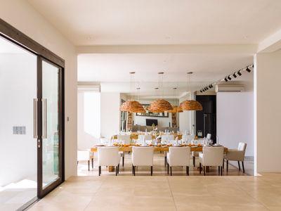 Villa Anucara - Dining area
