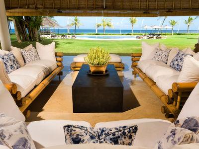 Atas Ombak - Living pavilion sofas