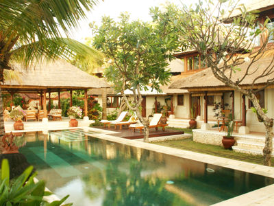 Villa Cemara - Day time ambience