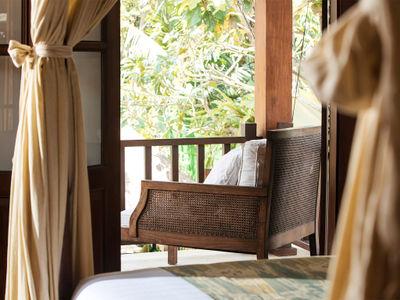 Villa Mako - Chill on the balcony