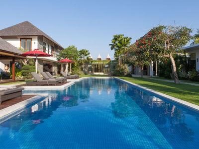 Villa Malaathina - Pool and villa