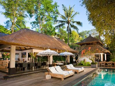 Villa Maya Retreat - Afternoon by the pool