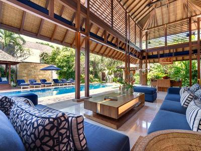 Villa Windu Sari - Living and dining areas