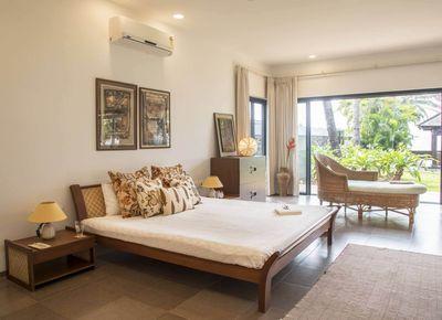 Villa Beira Mar - Private 5 bedroom Villa for Rent in Alibaug