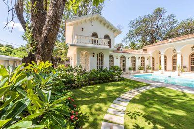 Villa Evora - Villa Near Vagator Beach
